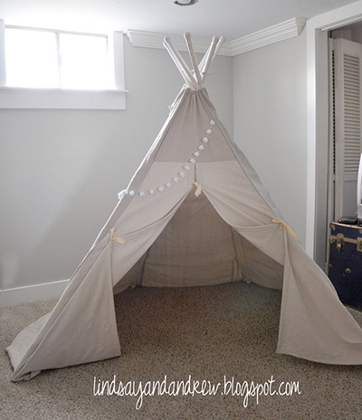 Itu0027s this great? This how-to comes from lindsayandandrew.blogspot.com. I love the size of the teepee and the directions are super thorough. & DIY Kids Reading Tents - Top 3 Designs (with instructions!)