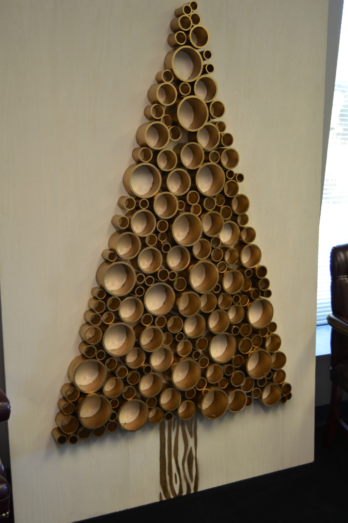 ... pvc-pipe-tree-stand-up; Place Christmas ornaments ...