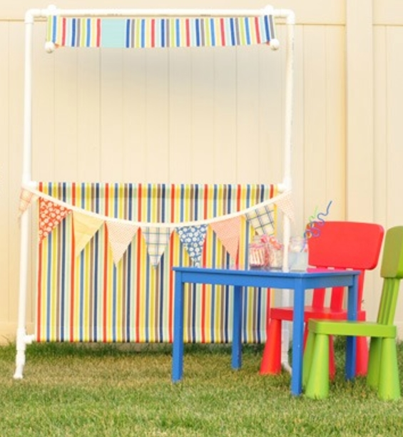 Simple DIY Lemonade Stand PVC